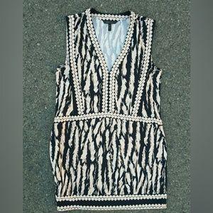 """""""M""""bcbg dress vneck sleeveless beige & black print"""